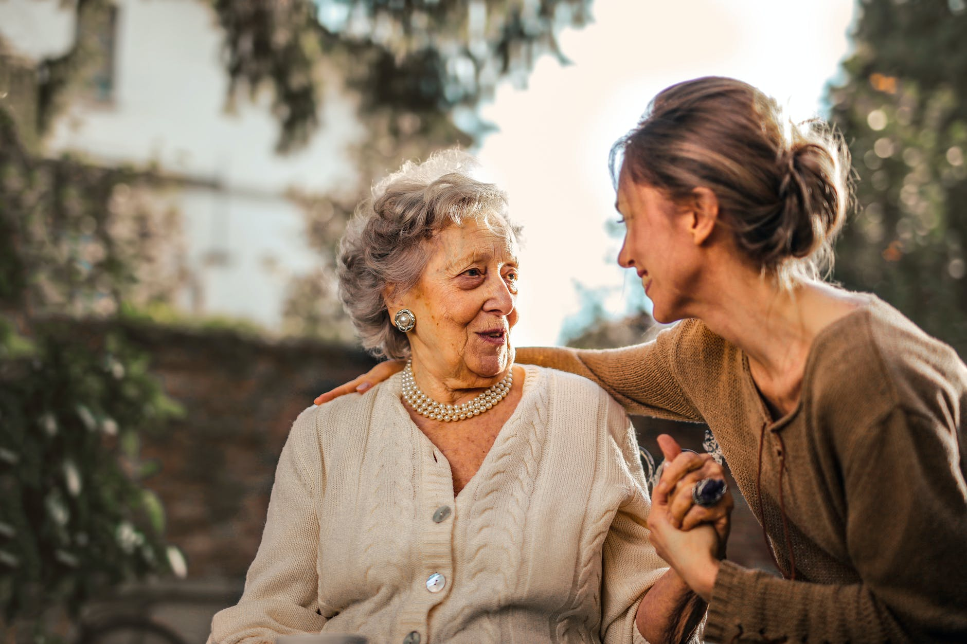 4 reasons you need to take care of your parents in their old age
